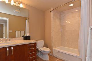 Photo 10: LA JOLLA Condo for sale : 2 bedrooms : 5480 La Jolla Blvd. #J103