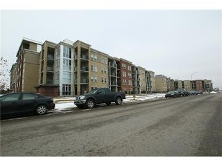 Photo 3: 5501 11811 LAKE FRASER Drive SE in Calgary: Lake Bonavista Condo for sale : MLS®# C4099993