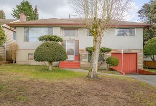 Photo 1: 2230 KENSINGTON Avenue in Burnaby: Parkcrest House for sale (Burnaby North)  : MLS®# R2146821