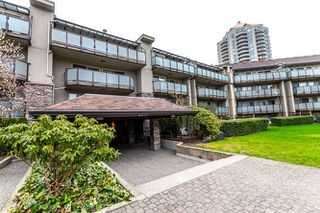 "Photo 1: 401 4373 HALIFAX Street in Burnaby: Brentwood Park Condo for sale in ""BRENT GARDENS"" (Burnaby North)  : MLS®# R2152280"