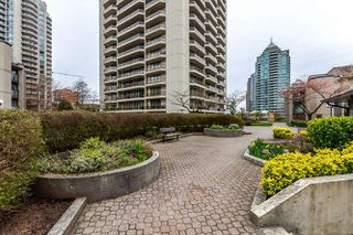 "Photo 3: 401 4373 HALIFAX Street in Burnaby: Brentwood Park Condo for sale in ""BRENT GARDENS"" (Burnaby North)  : MLS®# R2152280"
