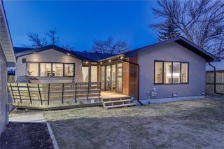 Photo 31: 2331 LINCOLN Drive SW in Calgary: North Glenmore Park House for sale : MLS®# C4109073
