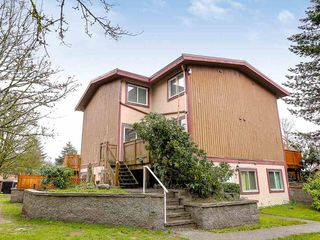 Photo 1: 6 316 HIGHLAND Drive in Port Moody: North Shore Pt Moody Townhouse for sale : MLS®# R2153614
