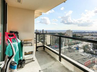 Photo 10: 2408 7063 HALL AVENUE - LISTED BY SUTTON CENTRE REALTY in Burnaby: Highgate Condo for sale (Burnaby South)  : MLS®# R2155896