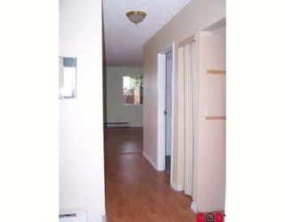 Photo 7: 104 7162 133A Street in Surrey: Home for sale : MLS®# F2828085