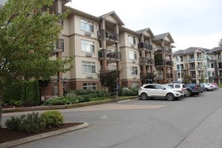 """Photo 2: 115 45753 STEVENSON Road in Sardis: Sardis East Vedder Rd Condo for sale in """"PARK PLACE II"""" : MLS®# R2192456"""