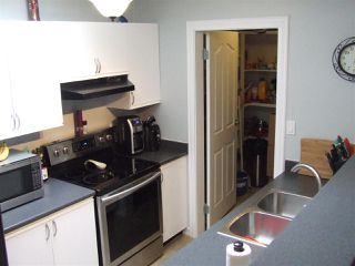 "Photo 7: 906 1750 MCKENZIE Road in Abbotsford: Poplar Townhouse for sale in ""ALDERGLEN"" : MLS®# R2197839"