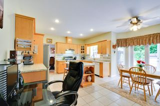 Photo 6: 19115 Doerksen Drive in Pitt Meadows: Central Meadows House for sale : MLS®# R2194035