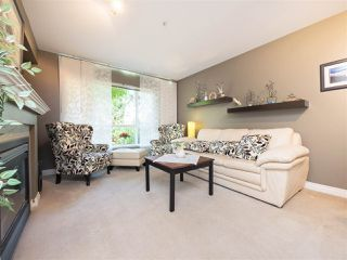 "Photo 16: 8 6513 200 Street in Langley: Willoughby Heights Townhouse for sale in ""Logan Creek"" : MLS®# R2213633"
