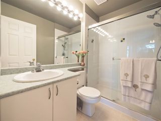"Photo 11: 8 6513 200 Street in Langley: Willoughby Heights Townhouse for sale in ""Logan Creek"" : MLS®# R2213633"