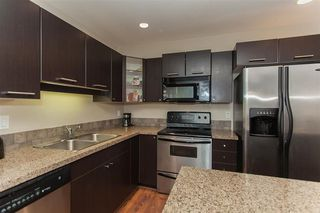 "Photo 8: 207 5438 198 Street in Langley: Langley City Condo for sale in ""Creekside Estates"" : MLS®# R2213768"