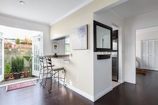 "Photo 6: 102 120 W 17TH Street in North Vancouver: Central Lonsdale Condo for sale in ""THE OLD COLONY"" : MLS®# R2216261"