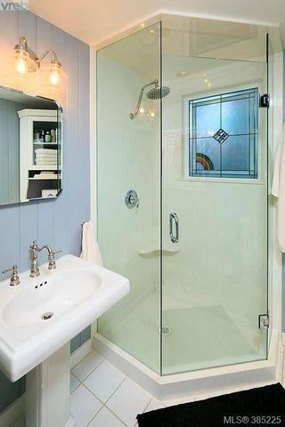 Photo 18: 5117 Cordova Bay Rd in VICTORIA: SE Cordova Bay Single Family Detached for sale (Saanich East)  : MLS®# 774059