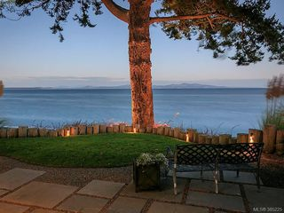 Photo 6: 5117 Cordova Bay Rd in VICTORIA: SE Cordova Bay Single Family Detached for sale (Saanich East)  : MLS®# 774059