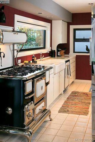 Photo 12: 5117 Cordova Bay Rd in VICTORIA: SE Cordova Bay Single Family Detached for sale (Saanich East)  : MLS®# 774059