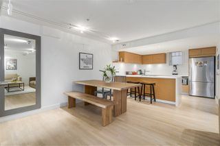 """Photo 5: 1060 CARDERO Street in Vancouver: West End VW Townhouse for sale in """"COMOX & CARDERO"""" (Vancouver West)  : MLS®# R2224389"""