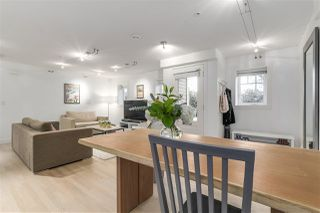 "Photo 3: 1060 CARDERO Street in Vancouver: West End VW Townhouse for sale in ""COMOX & CARDERO"" (Vancouver West)  : MLS®# R2224389"