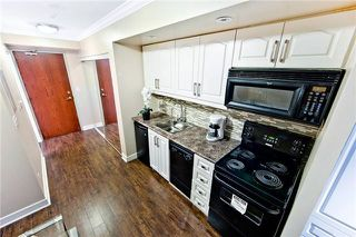 Photo 5: 411 19 Avondale Avenue in Toronto: Willowdale East Condo for sale (Toronto C14)  : MLS®# C4024251