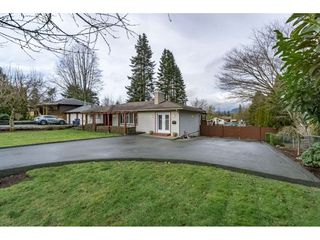 Main Photo: 22609 124 Avenue in Maple Ridge: East Central House for sale : MLS®# R2233577