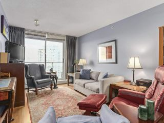 """Photo 2: 2803 688 ABBOTT Street in Vancouver: Downtown VW Condo for sale in """"FIRENZE"""" (Vancouver West)  : MLS®# R2237516"""