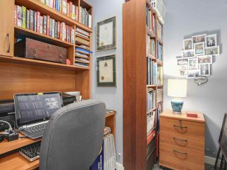 """Photo 10: 2803 688 ABBOTT Street in Vancouver: Downtown VW Condo for sale in """"FIRENZE"""" (Vancouver West)  : MLS®# R2237516"""