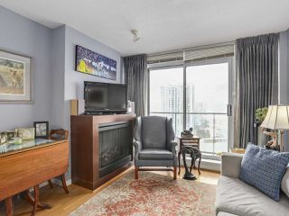 "Photo 3: 2803 688 ABBOTT Street in Vancouver: Downtown VW Condo for sale in ""FIRENZE"" (Vancouver West)  : MLS®# R2237516"