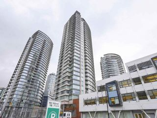 "Photo 1: 2803 688 ABBOTT Street in Vancouver: Downtown VW Condo for sale in ""FIRENZE"" (Vancouver West)  : MLS®# R2237516"