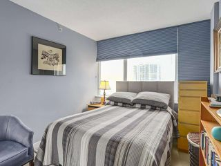 "Photo 8: 2803 688 ABBOTT Street in Vancouver: Downtown VW Condo for sale in ""FIRENZE"" (Vancouver West)  : MLS®# R2237516"