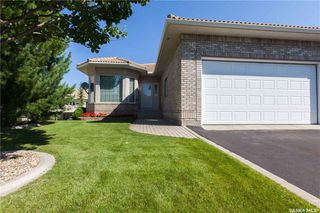 Photo 1: 26 315 Bayview Crescent in Saskatoon: Briarwood Residential for sale : MLS®# SK718876