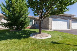 Photo 2: 26 315 Bayview Crescent in Saskatoon: Briarwood Residential for sale : MLS®# SK718876