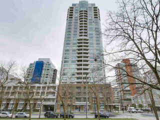 "Main Photo: 2505 1500 HORNBY Street in Vancouver: Yaletown Condo for sale in ""888 BEACH"" (Vancouver West)  : MLS®# R2240539"