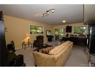 Photo 5: 7340 Ridgedown Court in SAANICHTON: CS Saanichton Residential for sale (Central Saanich)  : MLS®# 353990