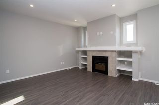 Photo 8: 126 Dagnone Lane in Saskatoon: Brighton Residential for sale : MLS®# SK719593