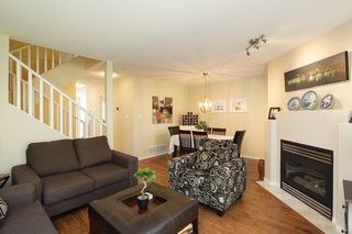 "Photo 2: 59 8701 16TH Avenue in Burnaby: The Crest Townhouse for sale in ""ENGLEWOOD MEWS"" (Burnaby East)  : MLS®# R2256401"