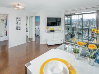"""Photo 3: 1108 1068 W BROADWAY in Vancouver: Fairview VW Condo for sale in """"The Zone"""" (Vancouver West)  : MLS®# R2257240"""