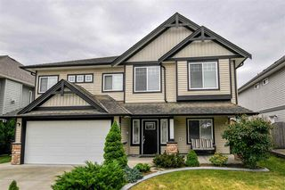 Photo 1: 27010 35 Avenue in Langley: Aldergrove Langley House for sale : MLS®# R2276026