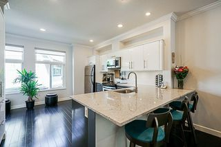 """Photo 11: 17 15192 62A Avenue in Surrey: Sullivan Station Townhouse for sale in """"St. James Gate"""" : MLS®# R2291689"""