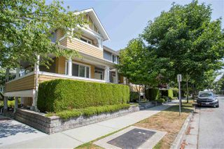 "Photo 2: 2 5999 ANDREWS Road in Richmond: Steveston South Townhouse for sale in ""Riverwind"" : MLS®# R2293872"