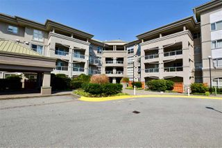 "Photo 18: 406 10533 UNIVERSITY Drive in Surrey: Whalley Condo for sale in ""Parkview"" (North Surrey)  : MLS®# R2300416"