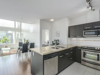 "Photo 9: 414 33538 MARSHALL Road in Abbotsford: Central Abbotsford Condo for sale in ""CROSSING"" : MLS®# R2303349"