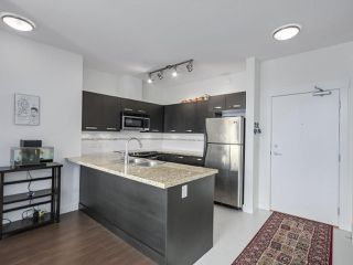 "Photo 7: 414 33538 MARSHALL Road in Abbotsford: Central Abbotsford Condo for sale in ""CROSSING"" : MLS®# R2303349"
