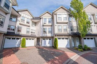 Photo 2: 22 8638 159 Street in Surrey: Fleetwood Tynehead Townhouse for sale : MLS®# R2309817
