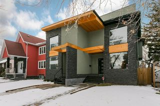 Main Photo: 10464 144 Street NW in Edmonton: Zone 21 House Half Duplex for sale : MLS®# E4136237