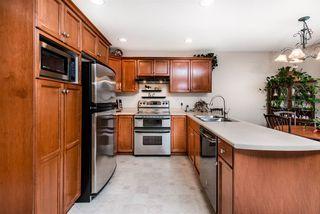 Photo 4: 20156 HAMPTON Street in Maple Ridge: Southwest Maple Ridge House for sale : MLS®# R2325044