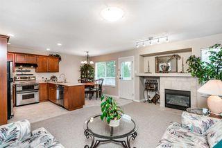 Photo 6: 20156 HAMPTON Street in Maple Ridge: Southwest Maple Ridge House for sale : MLS®# R2325044