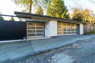 Photo 19: 6370 MCCLEERY Street in Vancouver: Kerrisdale House for sale (Vancouver West)  : MLS®# R2331480