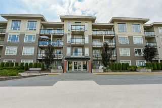 "Photo 2: A411 20211 66 Avenue in Langley: Willoughby Heights Condo for sale in ""Elements"" : MLS®# R2333318"