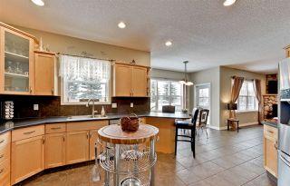 Photo 3: 1717 TOMLINSON Common in Edmonton: Zone 14 House for sale : MLS®# E4141537