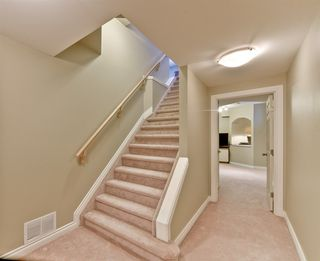 Photo 15: 1717 TOMLINSON Common in Edmonton: Zone 14 House for sale : MLS®# E4141537