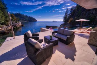 Photo 5: 5340 SEASIDE Place in West Vancouver: Caulfeild House for sale : MLS®# R2337196